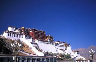 250014138_1999-tibetlhasapotala01