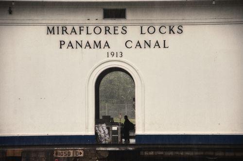 Mirafloreslockssmall